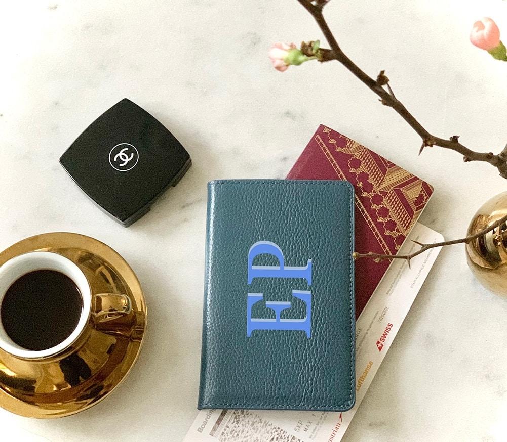 Passport-Covers bg small